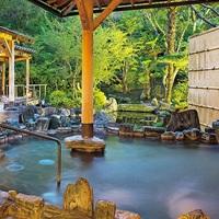 両親に「2人時間」を贈ろう。冬の温泉&グルメ旅ギフト