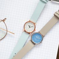 【バックナンバー】小ぶりサイズの春カラー《RIKI小さなメタルの腕時計》