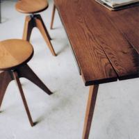 まるでアンティーク。インテリアショップTRUCKさんの家具の世界観が素敵!