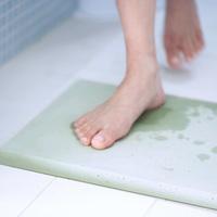 バスルームで大活躍♪これだけ吸ってくれると気持ちいい!SOILの珪藻土プロダクトたち