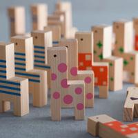 吉野の森の端材で作られた「パパと子ども」のおもちゃ【PaPaCo YOSHINO】