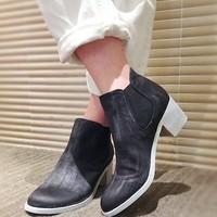どんなスタイルにも合う優秀靴。サイドゴアブーツが人気上昇中!