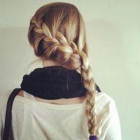 マフラーにストール…巻き物と好バランスな秋冬のまとめ髪♪