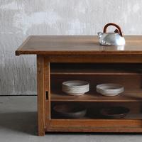 お気に入りを見つけたい。古道具や古家具をインテリアに取り入れよう
