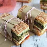 ピクニックにおすすめ♪おしゃれで取り分けやすい持ち寄りレシピ