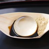 夏に食べたい!水晶玉みたいな和スイーツ『水信玄餅』の作り方
