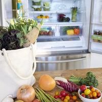 急に開けられても慌てない。冷蔵庫美人になるためのすっきり収納術。