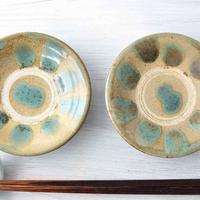 400年続く沖縄の民芸品「やちむん」食卓になじむ焼き物たち