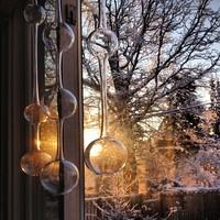 透明感と音色が素敵。イッタラの「アテネの朝」で窓辺を楽しもう