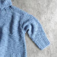 コーデに映える鮮やかさ。この冬はキレイ色ニット・カーディガンを着よう!