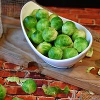 春の訪れを告げる小さな野菜。ころんと可愛い芽キャベツのおいしいレシピ