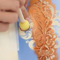 型紙の上から色を付けるだけ♪ステンシルで絵を描いてみよう。