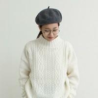 おしゃれな文学少女のような雰囲気が素敵♪「ベレー帽×メガネ」で作るシンプルナチュラルスタイル