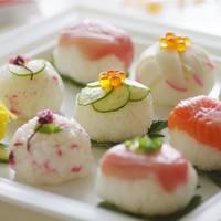 華やかなおもてなしやお弁当に。作ってみたくなる!【手まり寿司】バリエーション