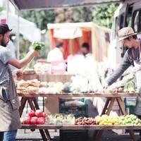 旅する八百屋「青果ミコト屋」。おいしい野菜と共に届けるその想いとは?