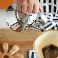 ステンレスの上品で実用的なキッチンアイテム「ポット・ケトル」のススメ