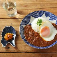 「倉敷意匠×kata kata」のユニークな動物絵皿を食卓に♪