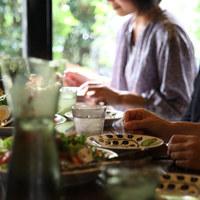 """ホームパーティーへようこそ。いつもの食卓を""""特別""""にしてくれる素敵なテーブルウェア"""
