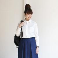 暖かい日は「白シャツ」を一枚で♪真っ青な空に映える爽やかなナチュラルコーデ集