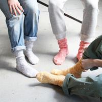 チラリと見える靴下が可愛いね。おすすめソックスブランド3選