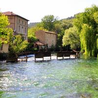 のどかで美しい、フランス・プロヴァンス地方の小さな町を訪れてみませんか?