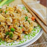 美味しく出来たら大満足のレシピ!チャーハン(炒飯)の基本の作り方とアレンジ。