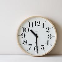 """どんなお部屋にもしっくりくる。シンプルながら存在感のある""""リキクロック""""の掛け時計"""