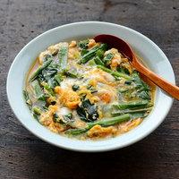 お好みの野菜やおかずを卵で包んじゃおう♪アレンジ自由自在の「卵とじ」レシピ