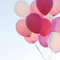 不安を和らげ優しい気持ちに。「ピンク」がもたらす心理効果と、素敵な取り入れ方