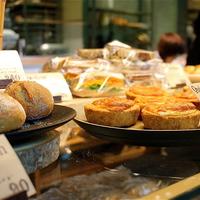 *ふっくら懐かしい味から、ずっしりハードパンまで、大阪で人気のパン屋さん*
