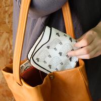 夏はバッグに忍ばせて♡機能的でおしゃれな「ハンドタオル」コレクション