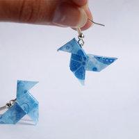 折り紙ピアスがとってもかわいい♪レジンを使って簡単DIYをしてみよう