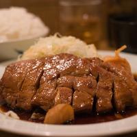 お酒がすすむ絶品ソースが決め手!三重県名物の「トンテキ」レシピ集