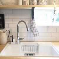 洗剤・スポンジ・水切りカゴ。キッチンの水周りをすっきりおしゃれに見せる方法