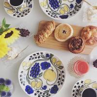 幸せを感じる食卓風景。アラビア「パラティッシ(Paratiisi)」シリーズ