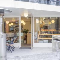 香ばしさに誘われて。こだわりパンが食べられるカフェ5選@東京