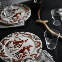 食卓に、ファンタジックなダンスの世界を。イッタラ「Tanssi(タンシ)」