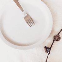 毎日使いたくなるシンプルさが魅力。クラスカオリジナル「ドーの白い器」シリーズ