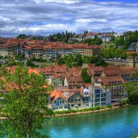 アルプスの山麓に佇む世界遺産の街 ~スイスの首都ベルン旧市街のみどころ~