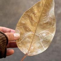 季節を感じるアートに触れて。紅葉の秋は『落ち葉アート』を楽しもう♪