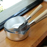 良いサイズ、良いおなべ。台所にひとつ「行平鍋」を