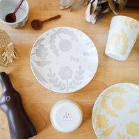 華やかに、楽しく♪ 鹿児島睦さんの器や雑貨が彩る、『食』の風景