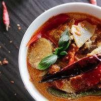 """冬に食べたい""""ピリッ辛料理""""!いろいろピリ辛食材で作るやみつきレシピ大集合"""
