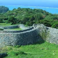 沖縄の原風景が広がる場所へ ~沖縄本島美ら海エリアのおすすめスポット~