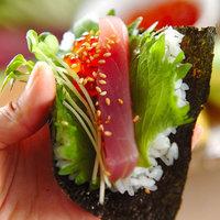 ルール不要!週末家族が揃ったら、みんなで楽しく手巻き寿司♪