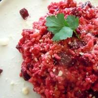 ボルシチ以外にも使える♪食卓が華やぐ彩り野菜『ビーツ』のおもてなしレシピ集
