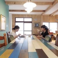 女性一人旅でも『ほっ』とできる宿を。カフェのようにくつろげる札幌のゲストハウス8選