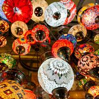 ランプから紅茶まで何でも揃う。トルコのグランド・バザールでお土産探しの旅