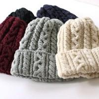 冬のおしゃれを楽しもう*「ハイランド2000」のニット帽でほっこりスタイル
