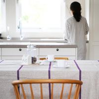 お手本は北欧の暮らし。お家でもっと布を楽しむためのアイデアをご紹介